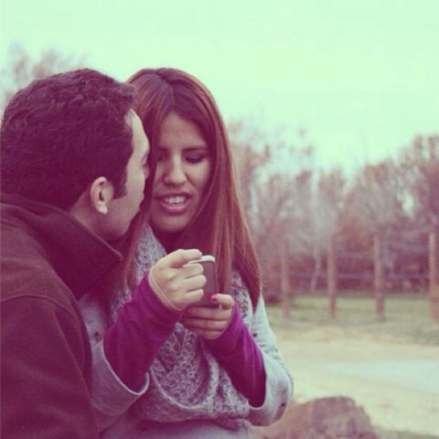 Finger, Happy, People in nature, Interaction, Sharing, Gesture, Love, Honeymoon, Romance, Conversation,
