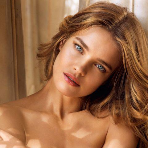 Nose, Lip, Mouth, Hairstyle, Skin, Eye, Chin, Shoulder, Eyebrow, Eyelash,