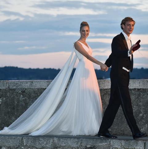 infidelidades, accidentes y dos bodas en el primer año de casados de
