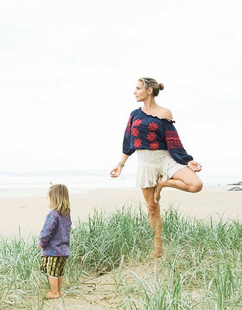 Human, Leg, Sleeve, Standing, People in nature, Summer, Vacation, People on beach, Waist, Grass family,