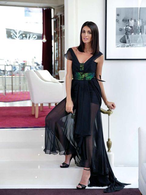 Clothing, Shoulder, Dress, Joint, Formal wear, Style, Waist, Fashion model, Fashion, Beauty,