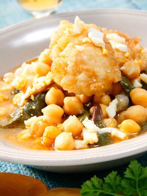Food, Ingredient, Produce, Tableware, Dish, Legume, Bean, Orange juice, Drink, Serveware,