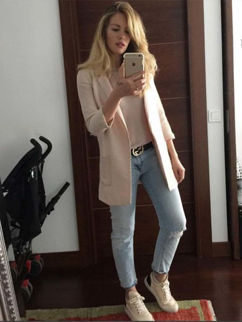 Clothing, Product, Brown, Trousers, Shoe, Textile, Denim, Jeans, Outerwear, Beauty,