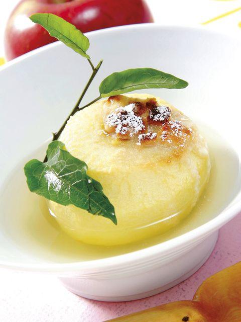 Food, Cuisine, Ingredient, Dish, Dishware, Serveware, Garnish, Produce, Fruit, Recipe,