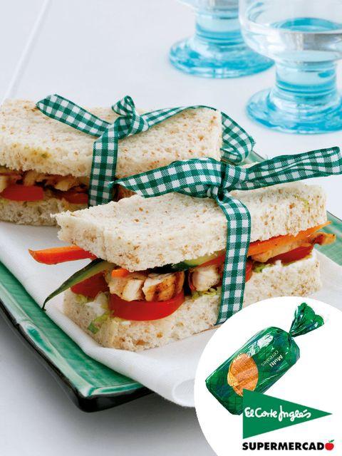 Finger food, Food, Cuisine, Sandwich, Ingredient, Dish, Glass, Tableware, Dishware, Recipe,