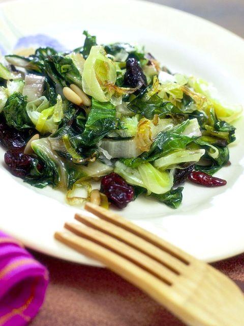 Food, Cuisine, Leaf vegetable, Ingredient, Vegetable, Dishware, Produce, Kitchen utensil, Salad, Recipe,