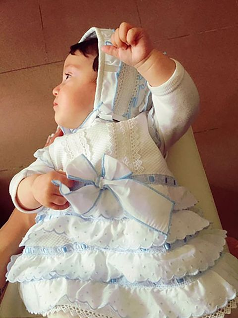 Arm, Finger, Hand, Baby & toddler clothing, Dress, Costume, Embellishment, Day dress, Ruffle, Costume accessory,