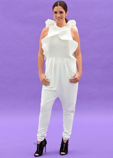 Sleeve, Shoulder, Joint, Purple, Elbow, Waist, Style, Violet, Lavender, Fashion,