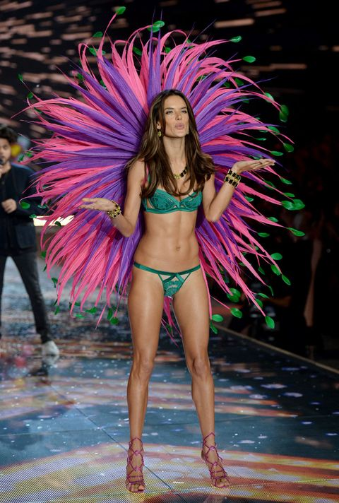Leg, Human leg, Purple, Feather, Pink, Magenta, Thigh, Fashion, Youth, Muscle,