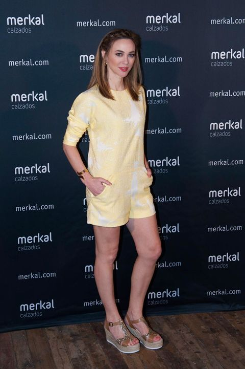 Clothing, Footwear, Shoe, Sleeve, Skin, Human leg, Shoulder, Dress, Style, High heels,