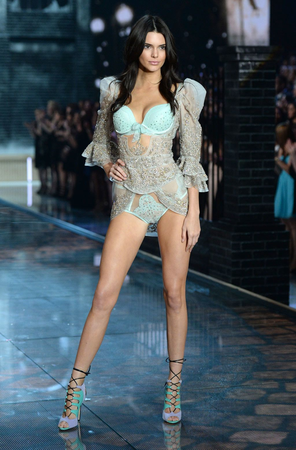 Los looks más sexys del Victoria's Secret Fashion Show 2015