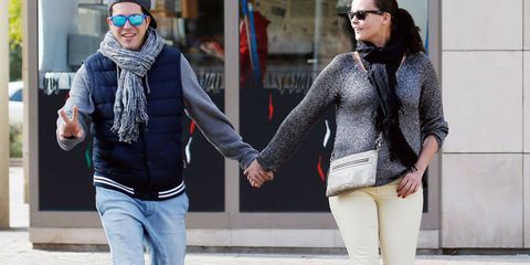 Clothing, Eyewear, Sleeve, Trousers, Winter, Textile, Outerwear, Jeans, Denim, Coat,