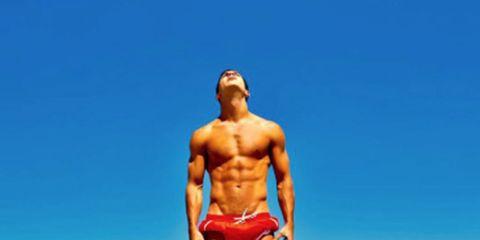 Human leg, Shoulder, Joint, Standing, Chest, Coastal and oceanic landforms, Elbow, Summer, Waist, Bodybuilder,