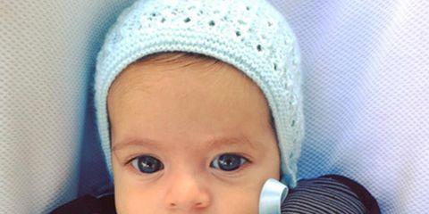 Nose, Blue, Lip, Cheek, Product, Eyebrow, Textile, Comfort, Child, Collar,