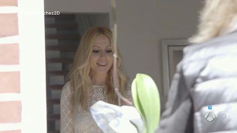 Photograph, White, Beauty, Petal, Photography, Blond, Snapshot, Long hair, Brown hair, Artificial flower,