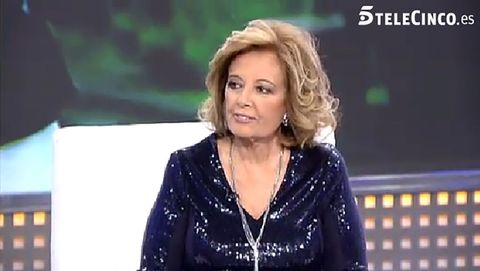 Hairstyle, Forehead, Iris, Jewellery, Blond, Pleased, Makeover, Layered hair, Television program, Television presenter,