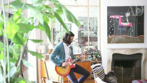 Guitarist, Musician, Guitar, Acoustic guitar, Musical instrument, String instrument, String instrument accessory, String instrument, Plucked string instruments, Artist,