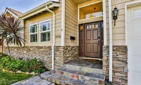 Property, House, Real estate, Wall, Building, Door, Facade, Home door, Residential area, Fixture,
