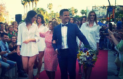 Hair, Trousers, Shirt, Coat, Suit, Dress, Tie, Bouquet, Ceremony, Flower Arranging,