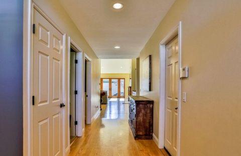 Wood, Floor, Property, Flooring, Room, Interior design, Architecture, Ceiling, Wood flooring, Wall,
