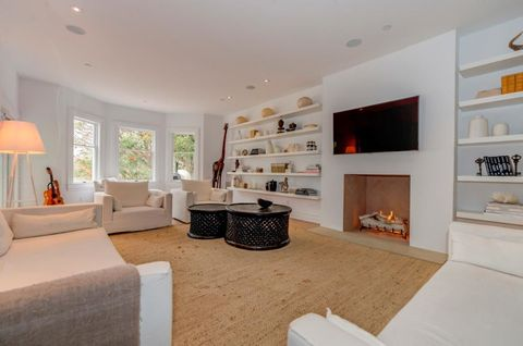 Room, Interior design, Floor, Wall, Flooring, Home, Living room, Ceiling, Interior design, House,