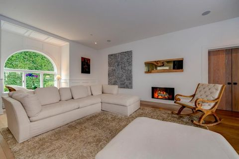 Wood, Room, Interior design, Brown, Floor, Living room, Wall, Couch, Furniture, Ceiling,