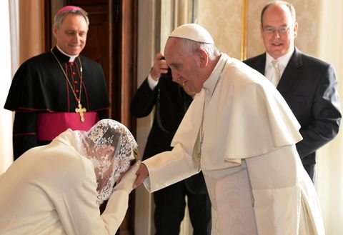 Face, Head, Priesthood, Bishop, Clergy, Vestment, Bishop, Religious institute, Nuncio, Presbyter,