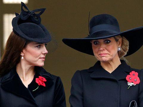 Hat, Collar, Style, Formal wear, Headgear, Fashion accessory, Costume accessory, Fashion, Sun hat, Costume hat,