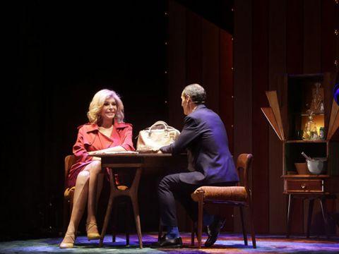 Human body, Stage, Furniture, Interaction, heater, Drama, Conversation, Theatre, Scene, Acting,