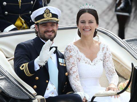 Smile, Happy, Facial expression, Dress, Formal wear, Bridal clothing, Headgear, Fashion accessory, Uniform, Wedding dress,