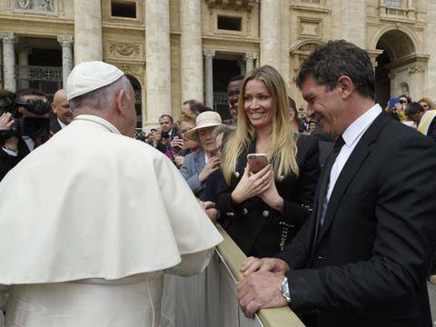 Suit, Bishop, Coat, Clergy, Priesthood, Vestment, Bishop, Nuncio, Presbyter, Fashion accessory,