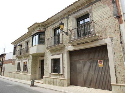 Window, Property, Facade, Neighbourhood, Road surface, Town, Wall, Real estate, Door, Street,
