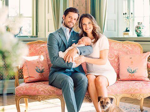 Human, Comfort, Living room, Interior design, Happy, Furniture, Sitting, Interior design, Love, Home,