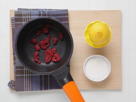 Ingredient, Carmine, Orange, Kitchen utensil, Dishware, Serveware, Peach, Tartan, Plate, Circle,