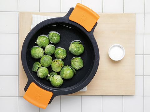 Green, Food, Produce, Ingredient, Fruit, Dishware, Plate, Tile, Whole food, Seedless fruit,