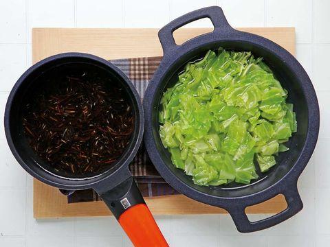 Food, Cuisine, Ingredient, Cookware and bakeware, Recipe, Wok, Produce, Invertebrate, Cooking, Vegetable,