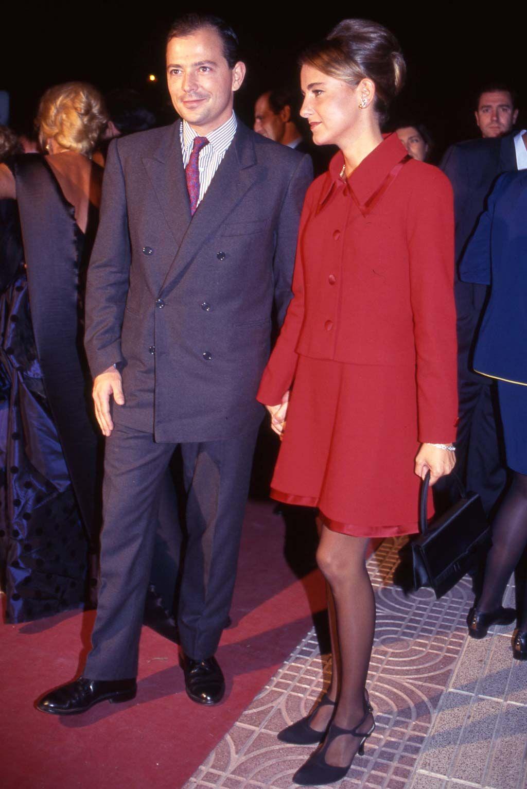 Desarchivamos las bodas de ayer: Enrique Ponce y Paloma Cuevas