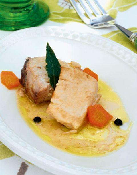 Food, Dishware, Cuisine, Ingredient, Serveware, Dish, Meat, Kitchen utensil, Recipe, Cutlery,