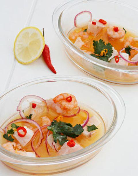 Food, Lemon, Citrus, Dishware, Tableware, Ingredient, Serveware, Cuisine, Fruit, Garnish,