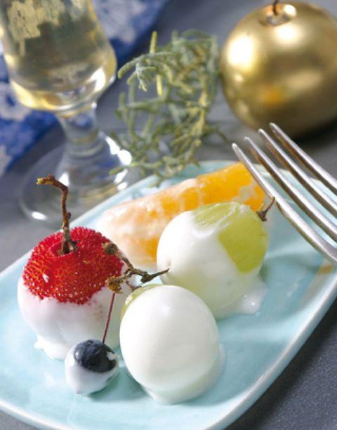 Food, Ingredient, Dishware, Serveware, Drinkware, Stemware, Barware, Cuisine, Tableware, Glass,