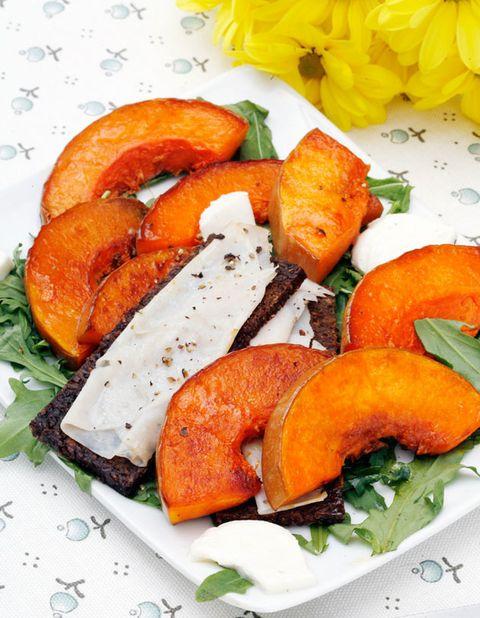 Food, Cuisine, Ingredient, Plate, Dish, Dishware, Tableware, Produce, Orange, Recipe,