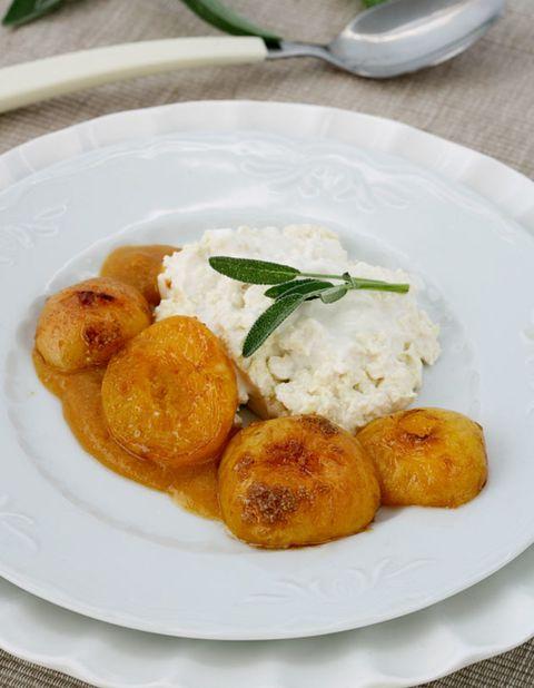 Food, Dishware, Cuisine, Dish, Ingredient, Steamed rice, Finger food, Recipe, Plate, Breakfast,