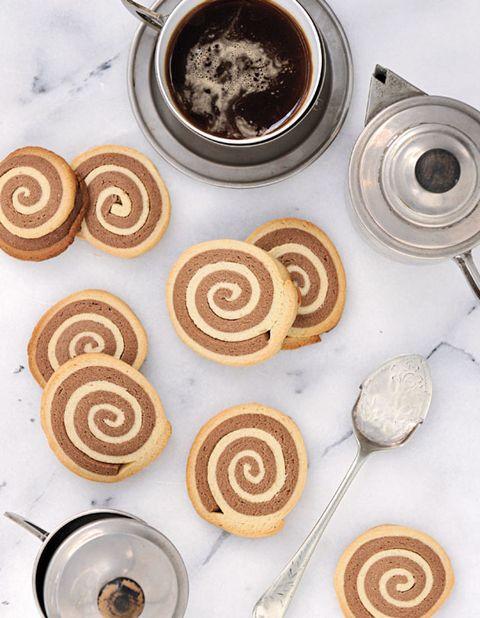 Brown, Food, Ingredient, Cuisine, Spiral, Drink, Finger food, Baked goods, Recipe, Circle,