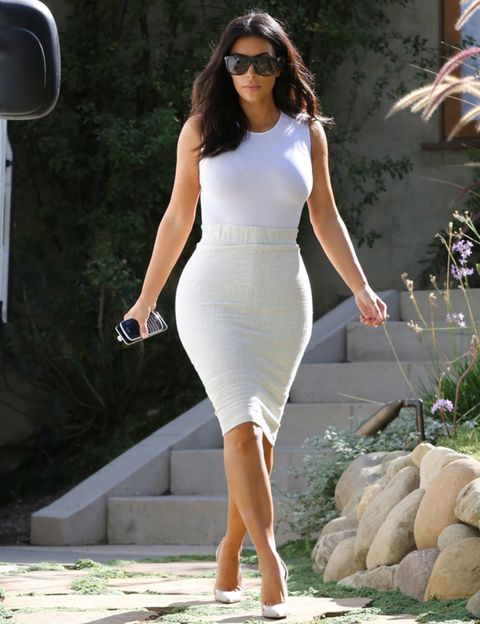 Clothing, Eyewear, Human body, Sunglasses, Shoulder, Human leg, Joint, White, Waist, Dress,