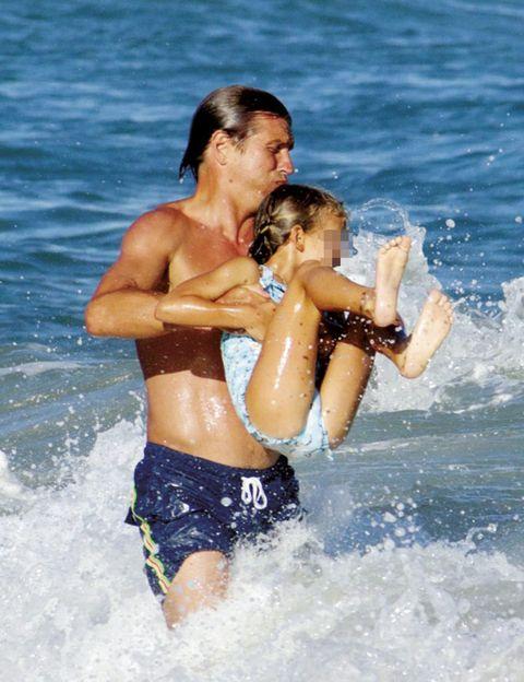 Clothing, Daytime, Fun, Water, Hand, Leisure, Swimwear, Summer, Barechested, People in nature,