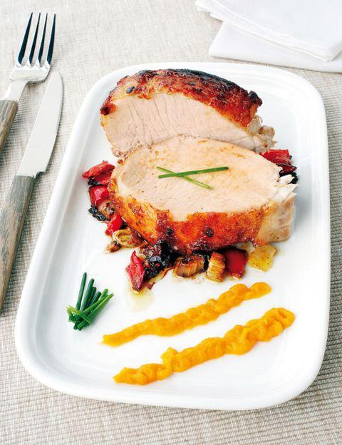 Dishware, Food, Cuisine, Ingredient, Dish, Tableware, Plate, Cutlery, Serveware, Kitchen utensil,