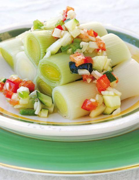Food, Cuisine, Ingredient, Dishware, Salad, Produce, Dish, Tableware, Recipe, Garnish,