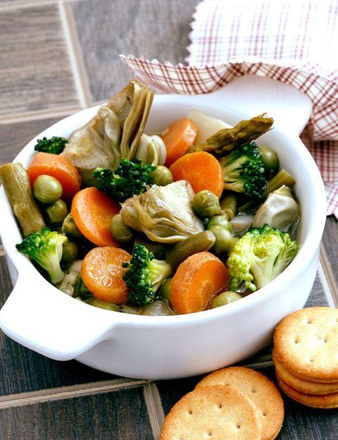 Food, Tableware, Ingredient, Bowl, Produce, Cuisine, Finger food, Leaf vegetable, Natural foods, Baked goods,