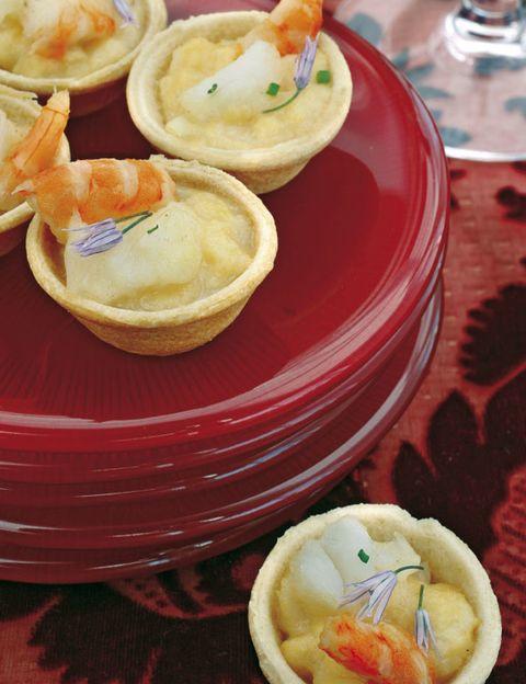 Food, Cuisine, Dishware, Serveware, Dish, Tableware, Orange, Plate, Peach, Ingredient,