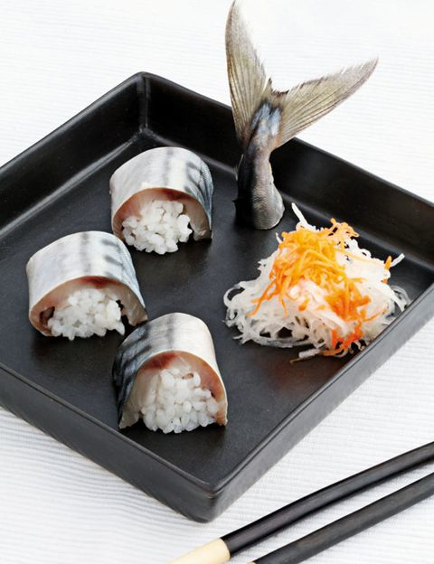 Cuisine, Food, Rice, Sushi, Steamed rice, White rice, Dishware, Dish, Plate, Recipe,